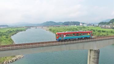 107_20四万十川橋梁停車風景